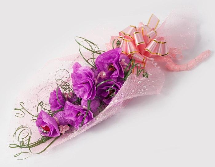 Цветы из конфет и гофрированной бумаги своими руками схемы 80